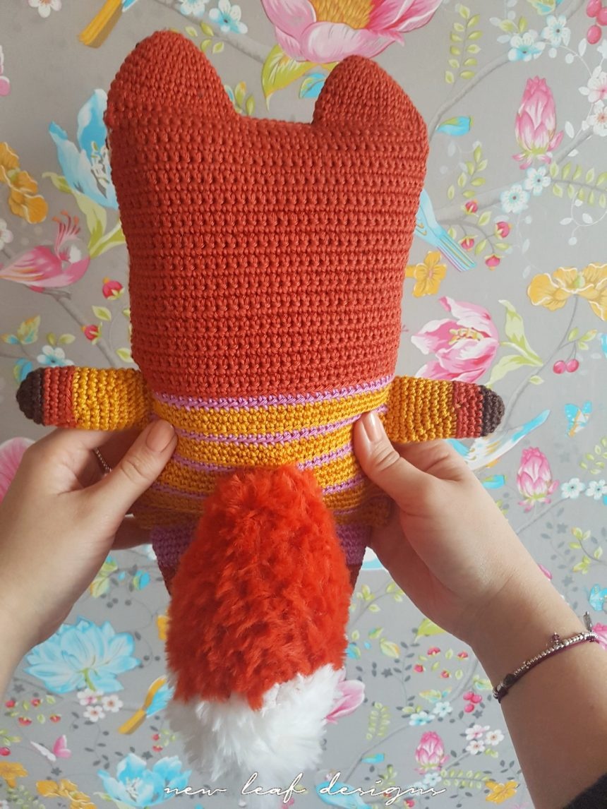 friendly fox plushy backside