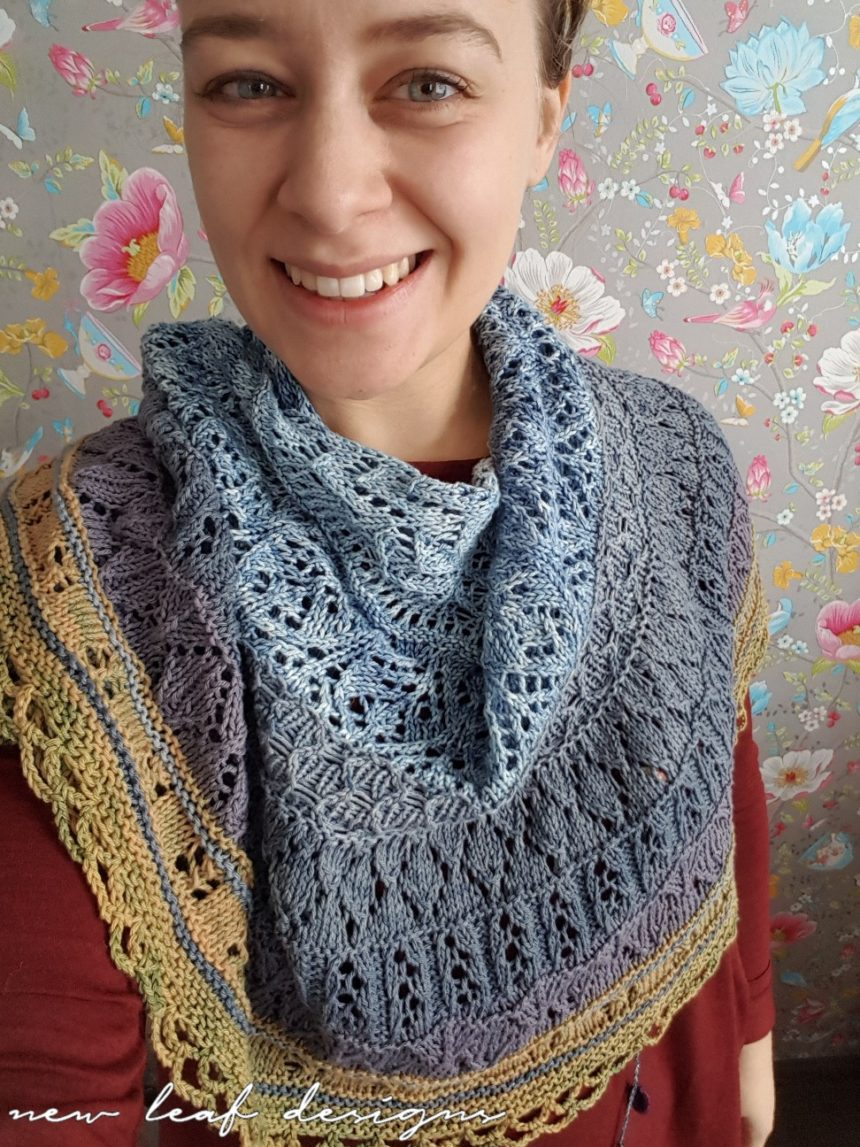 Cosy Moments Shawl with Scheepjes Skies Light yarns